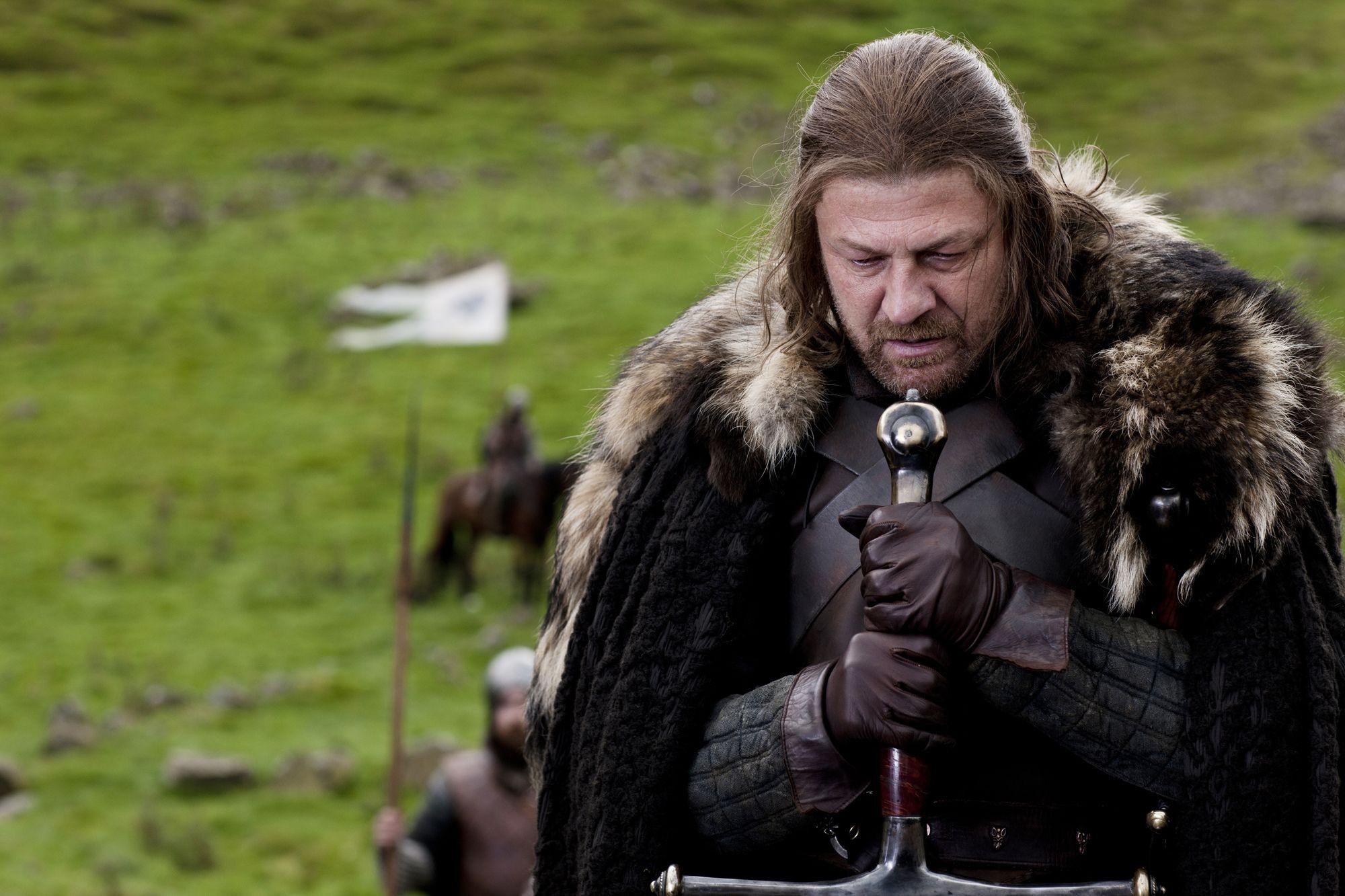 ned stark game of thrones death whisper words scene