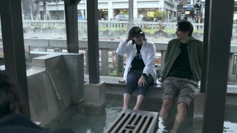terrace house tsubasa and shion foot bath date