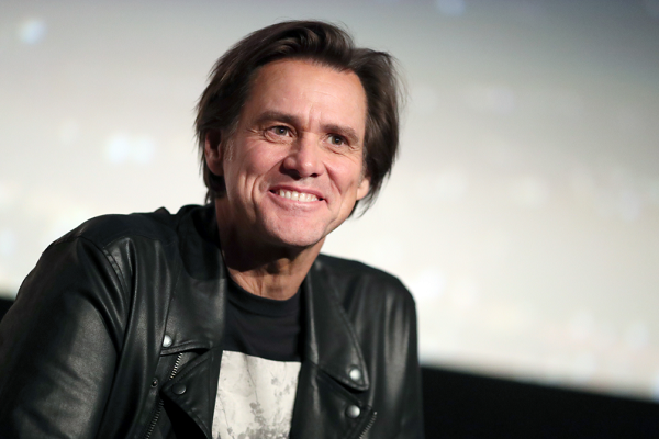 Jim Carrey Facing Backlash After Tweeting Portrait of 'Monstrous Sarah Huckabee Sanders