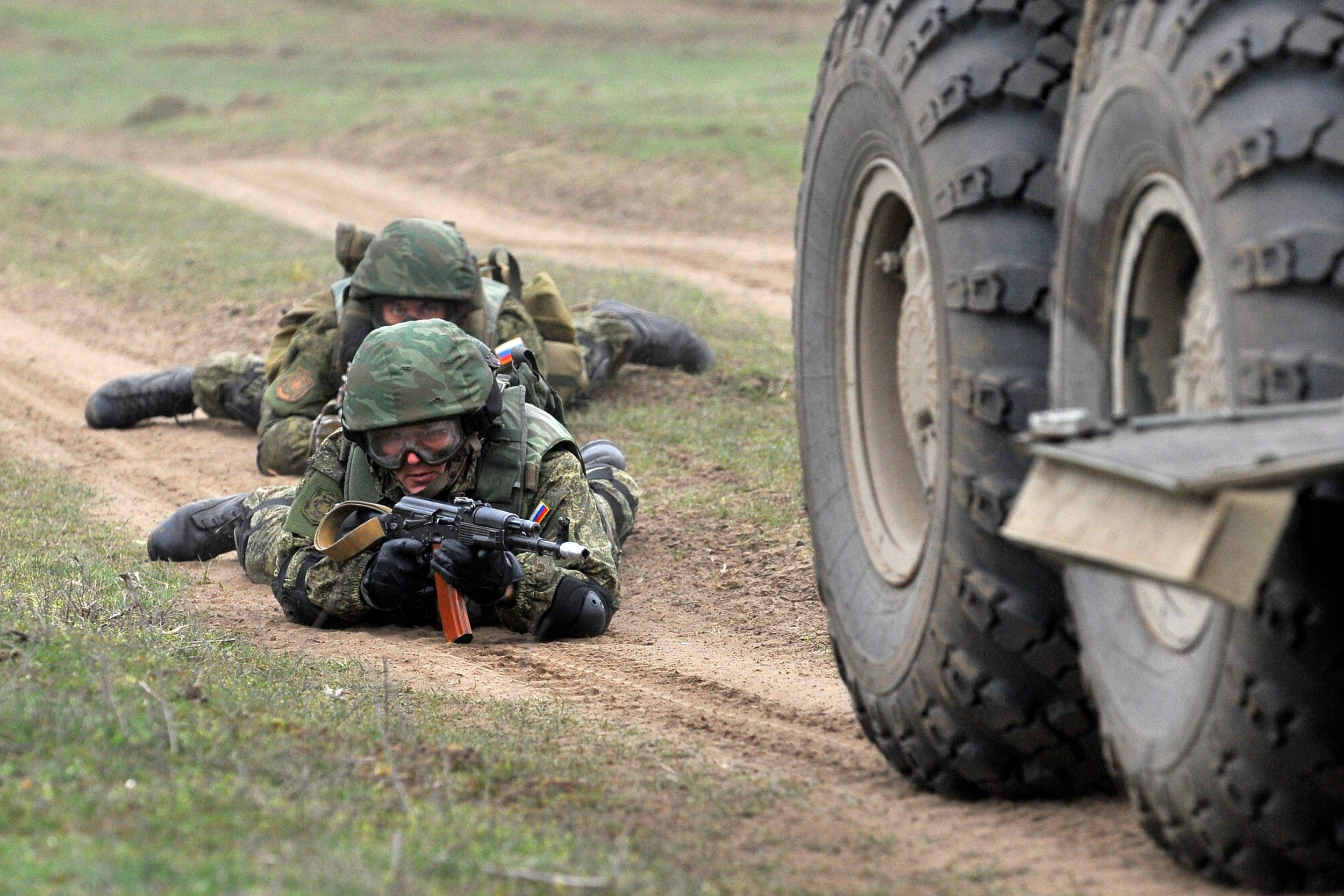 03_19_Russian_troops