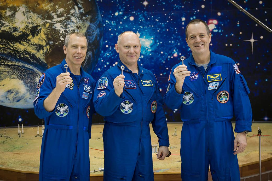 3_19_Astronoauts Feustel, Arnold and Artemtyev