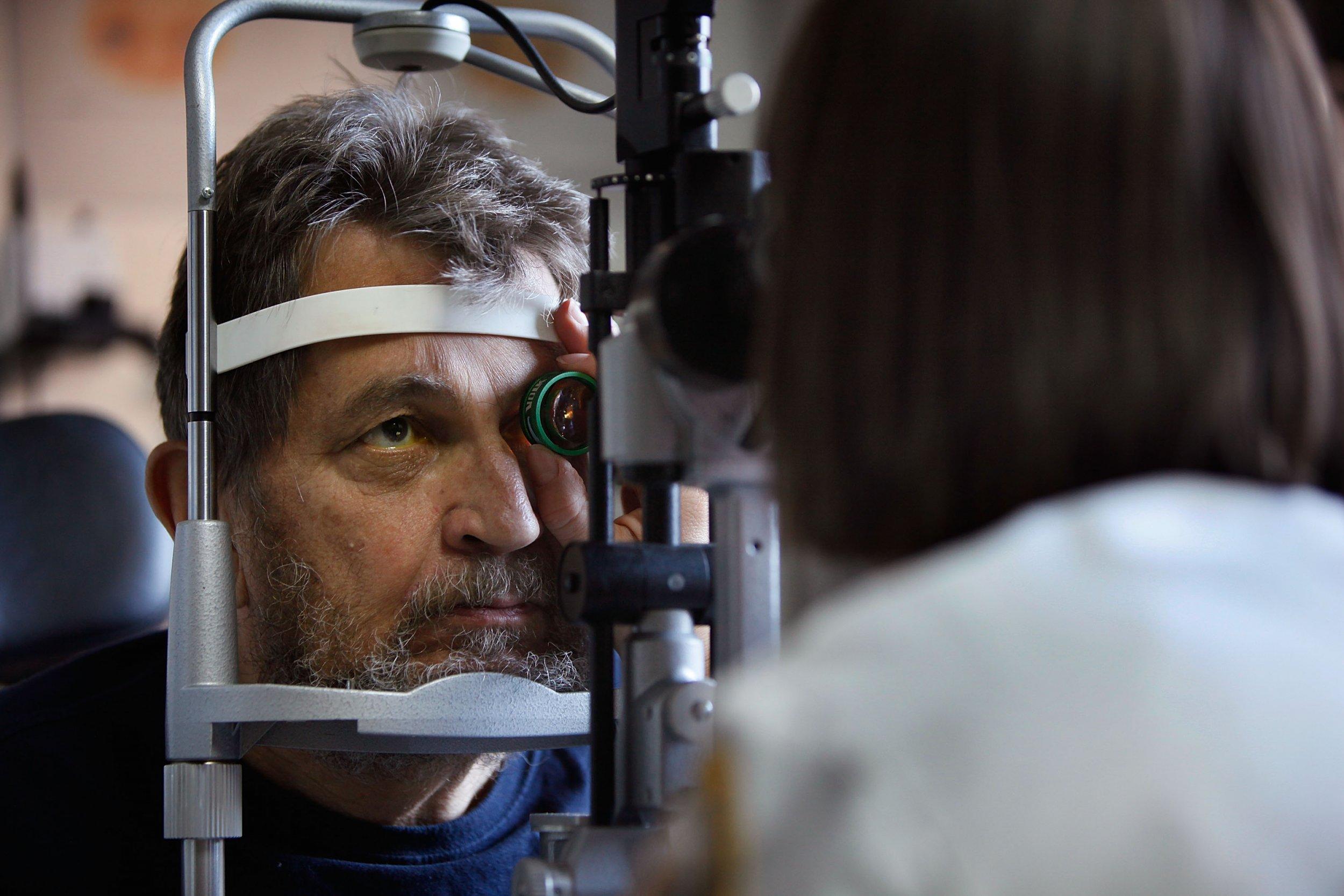 macular degeneration VA hospital