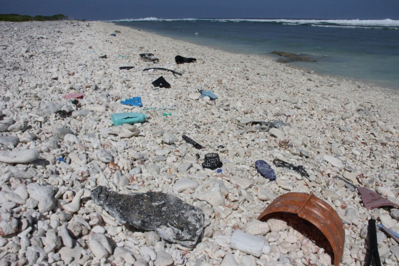 3_22_Plastic Ocean