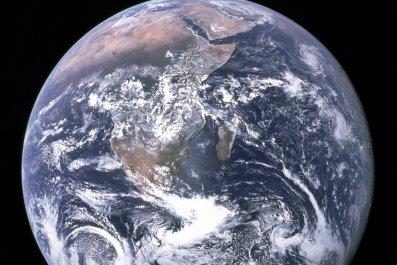 3_25_Earth