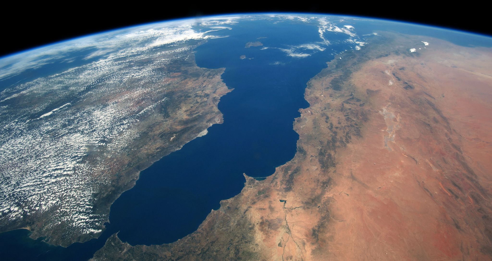 The World's Largest Flood Ever Filled the Mediterranean ...