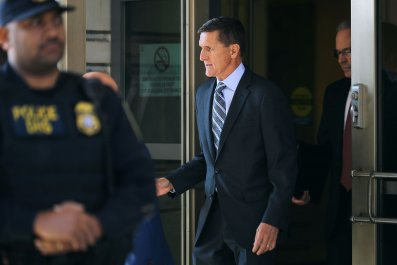 03_28_Trump_pardon_Manafort_Flynn