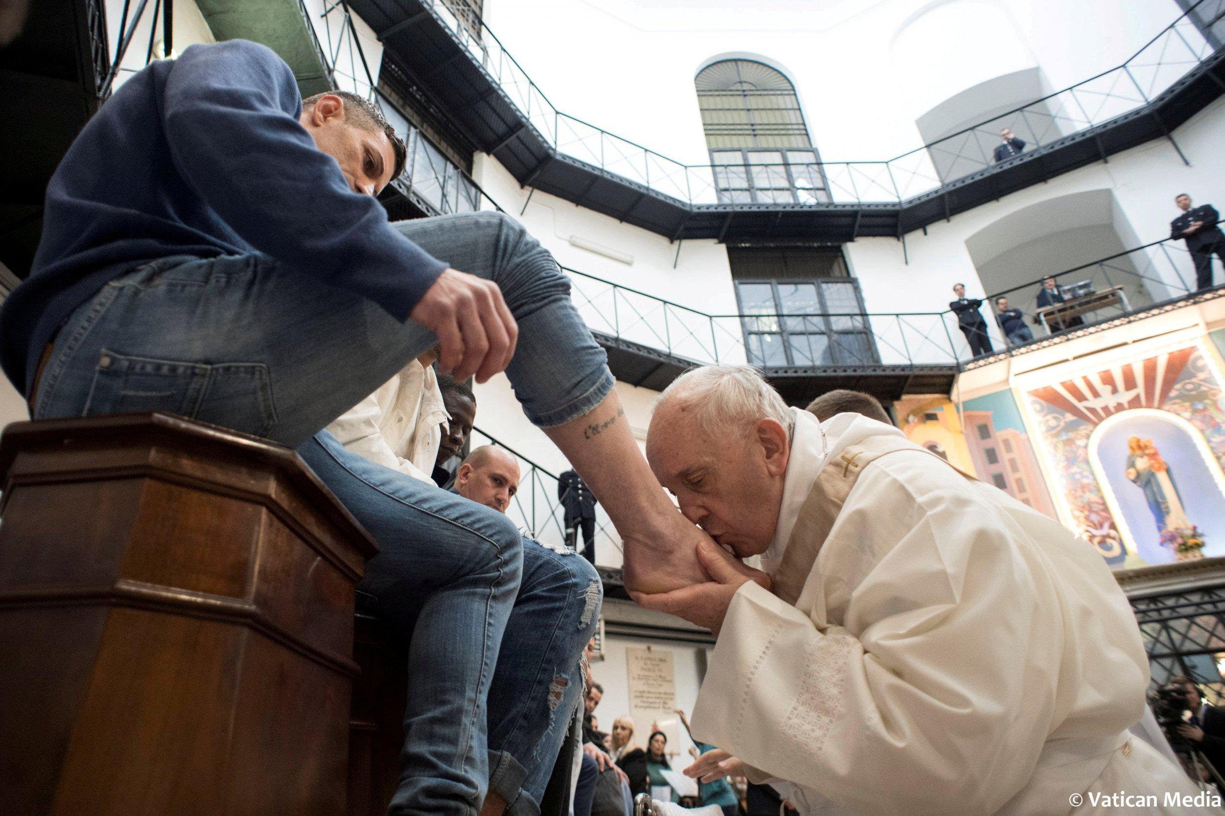 3_29_Pope Francis Rome prison