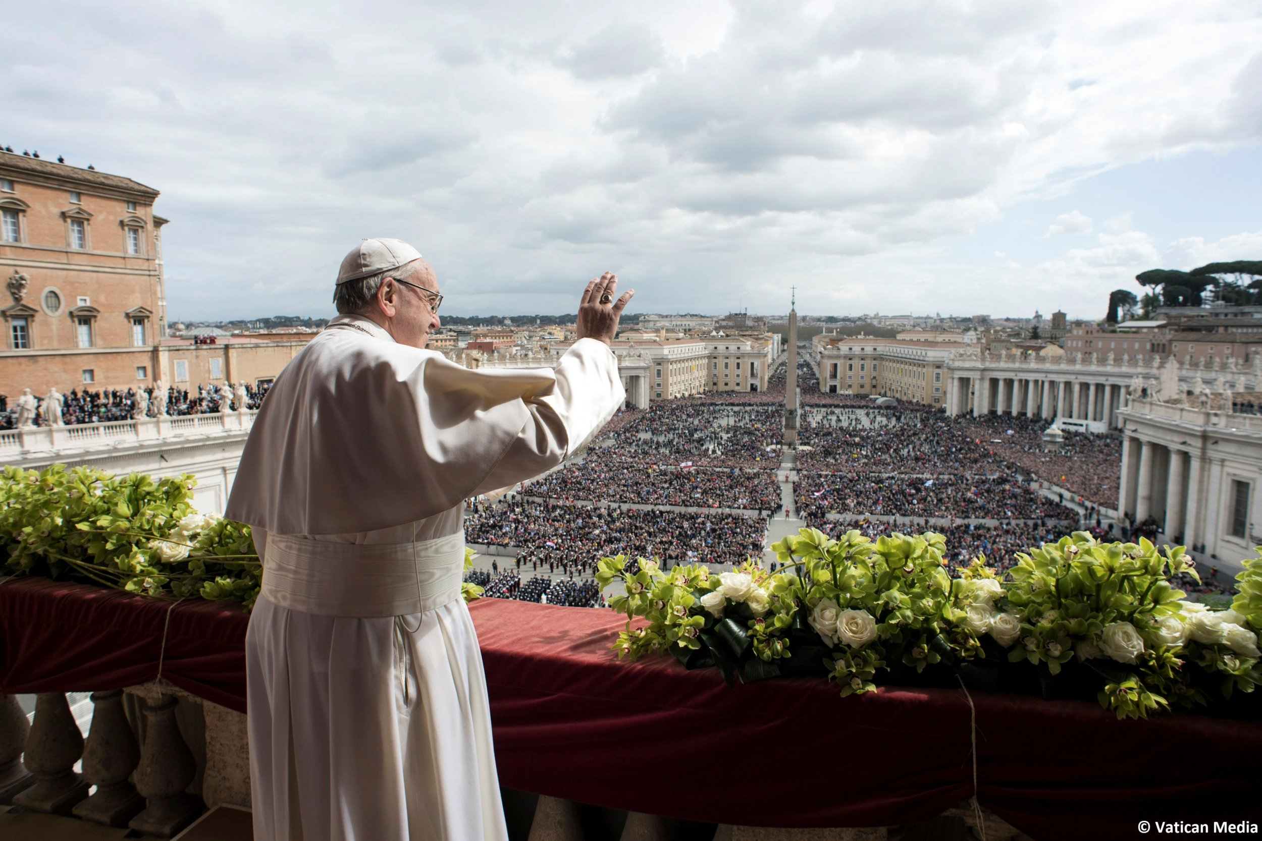 4_1_Pope Francis Easter Mass