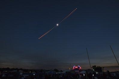 04_03_total_solar_eclipse