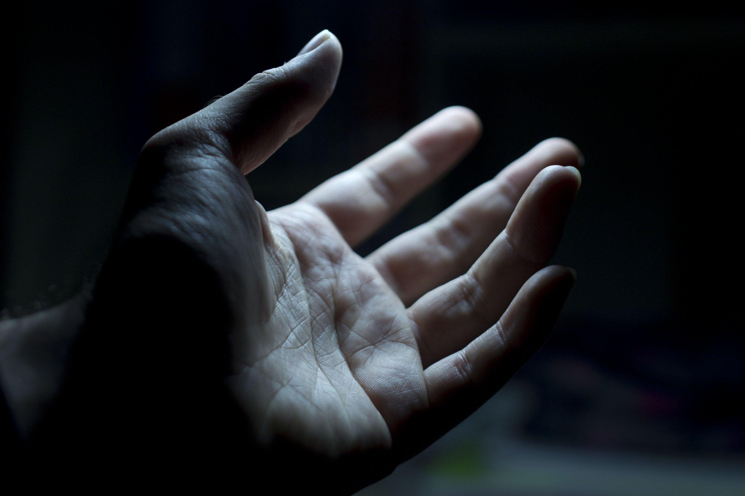 4_10_Hand
