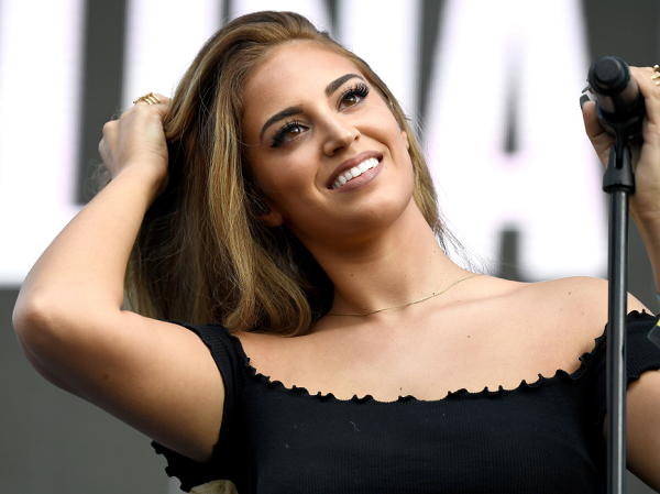 Coachella 2018 Performers: New Artist Alina Baraz Wants To ...