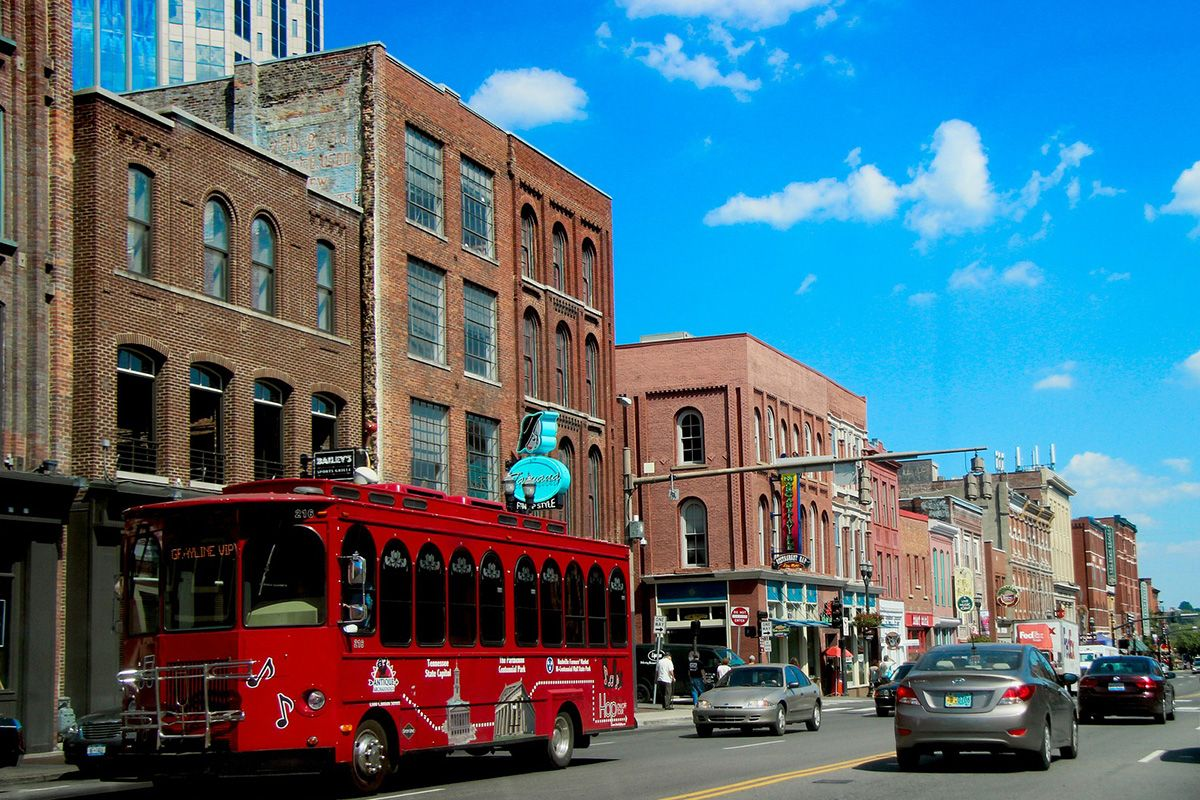 11 Nashville