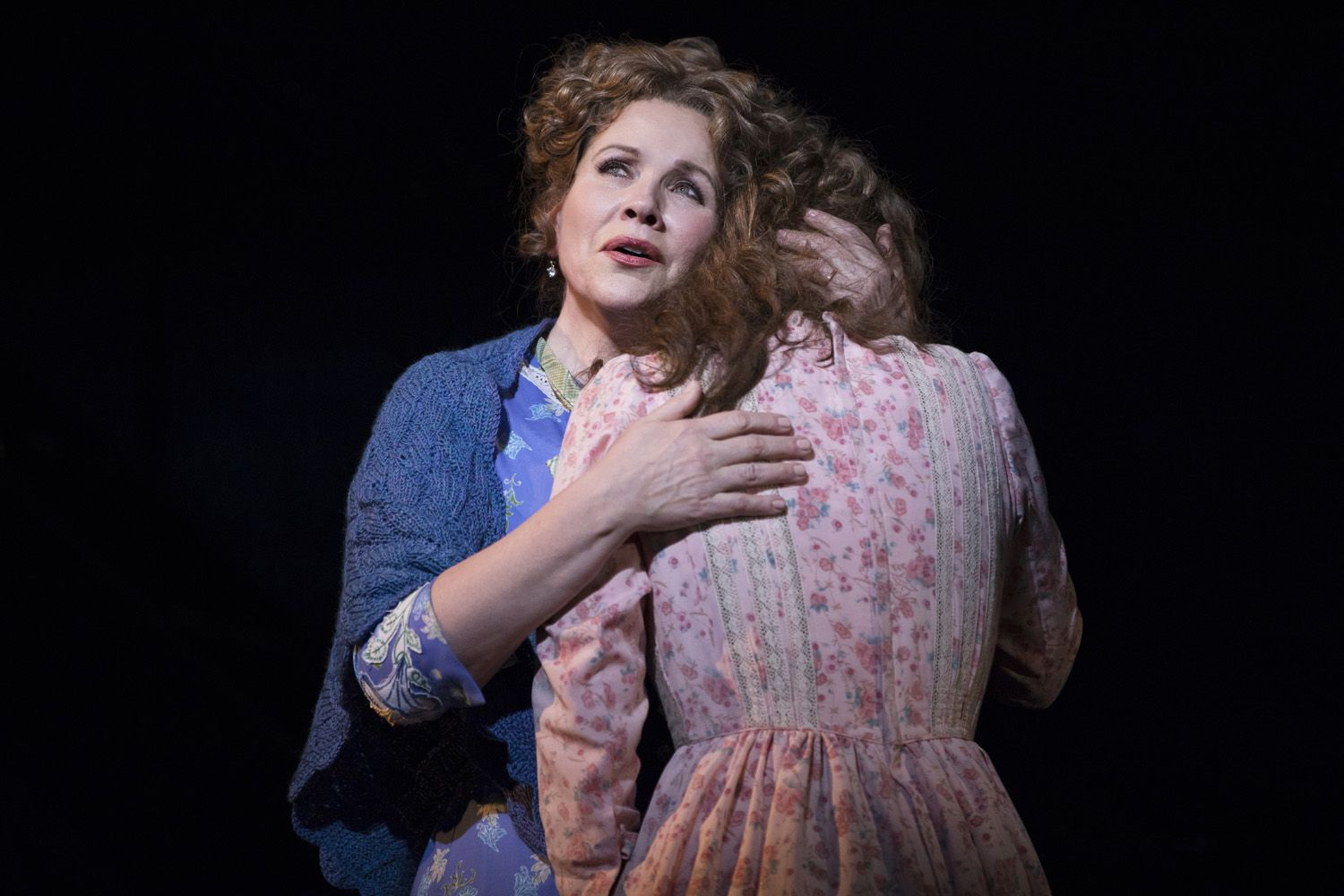 Renee-Fleming-and-Jessie-Mueller-in-CAROUSEL