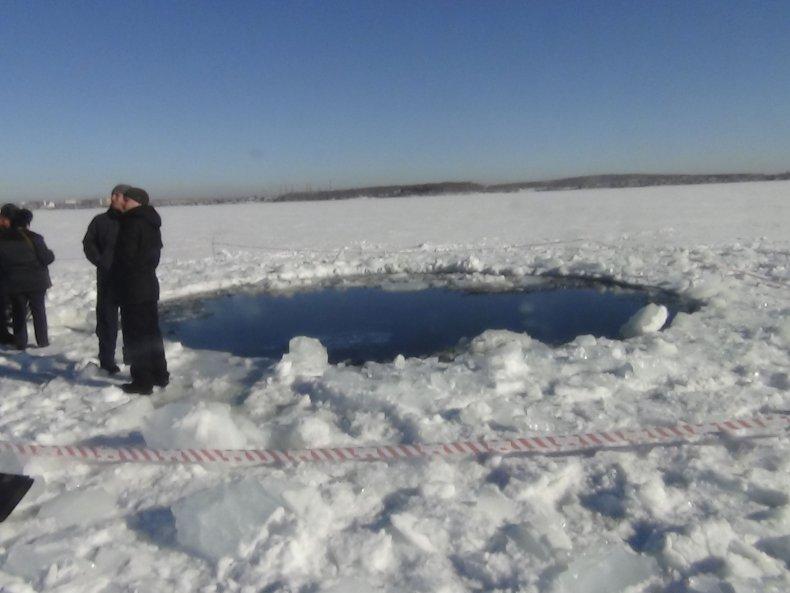 4_16_Chelyabinsk Ice