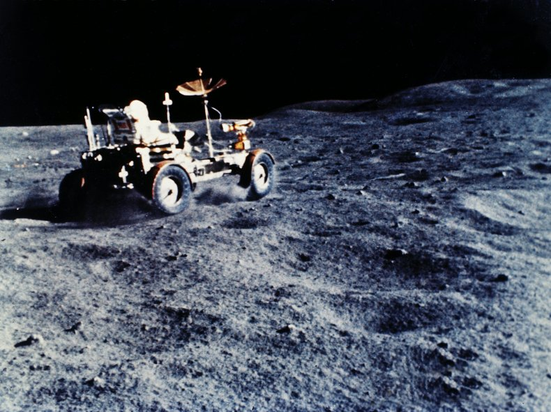 apollo-16-rover