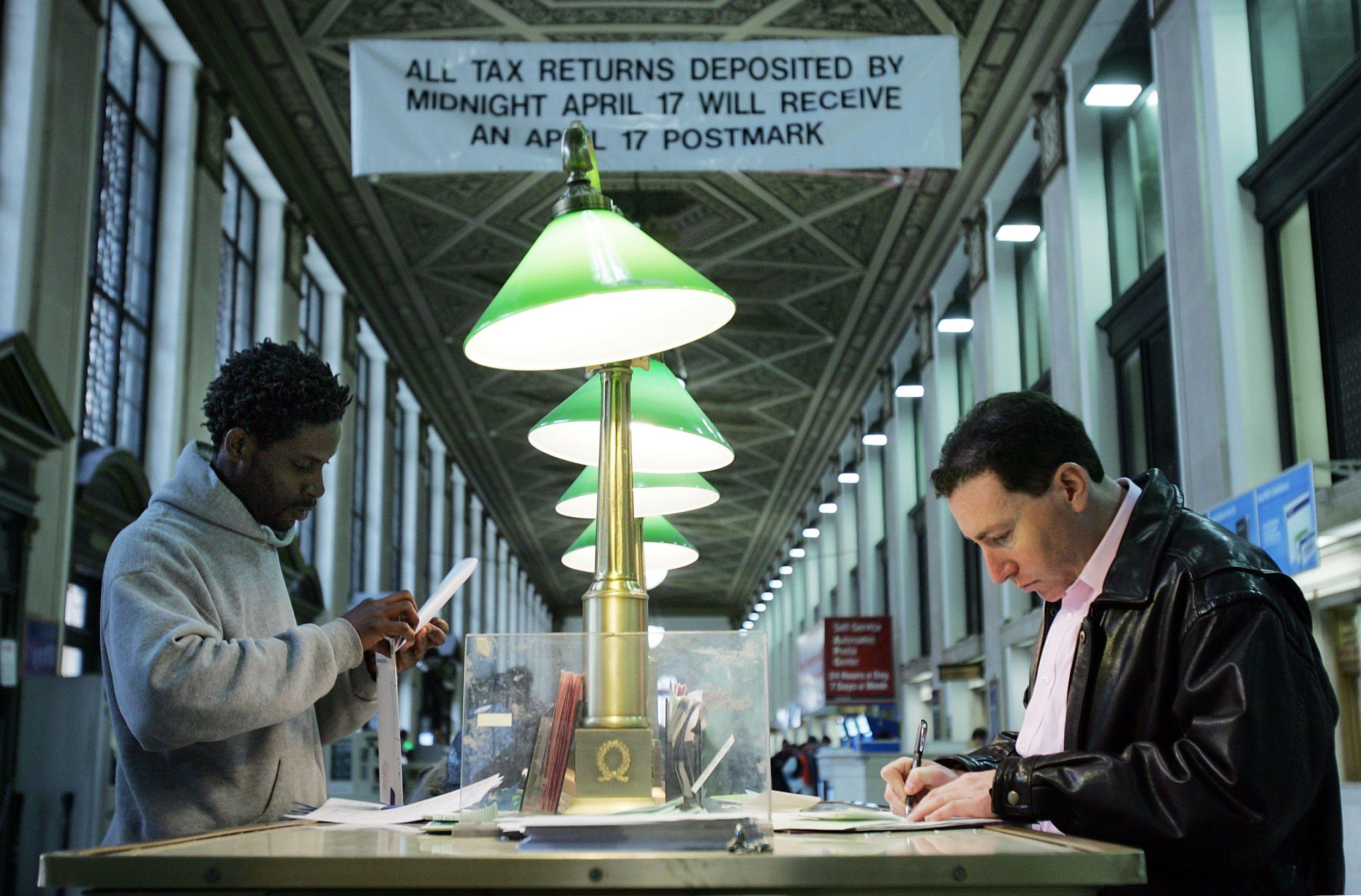 04_17_18_TaxPostOffice