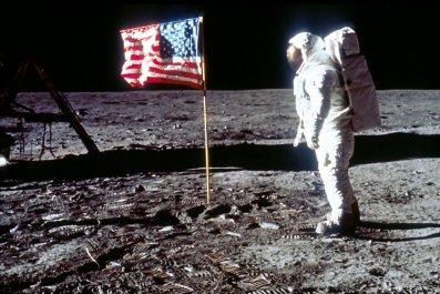 04_17_moon_men_astronauts