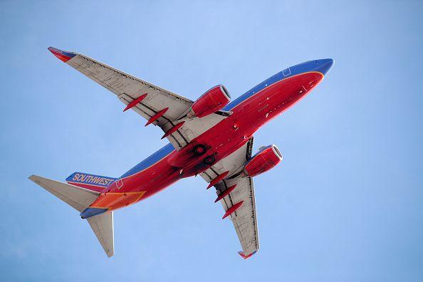 Who Is Tammie Jo Shults Pilot Who Landed Southwest Flight