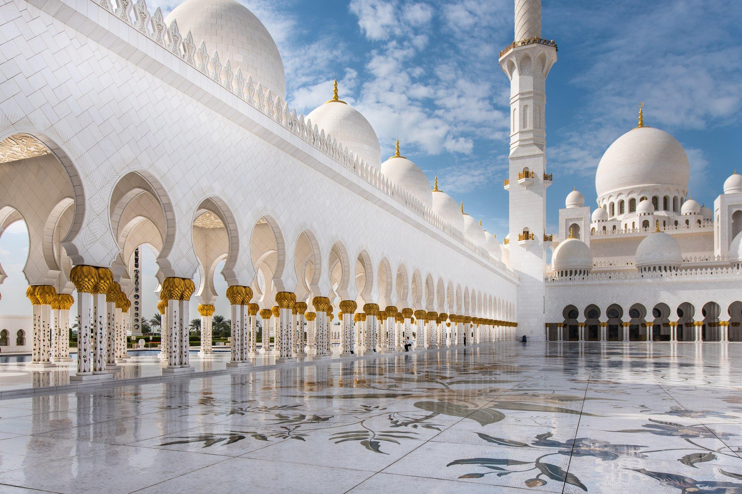 10 Abu Dhabi