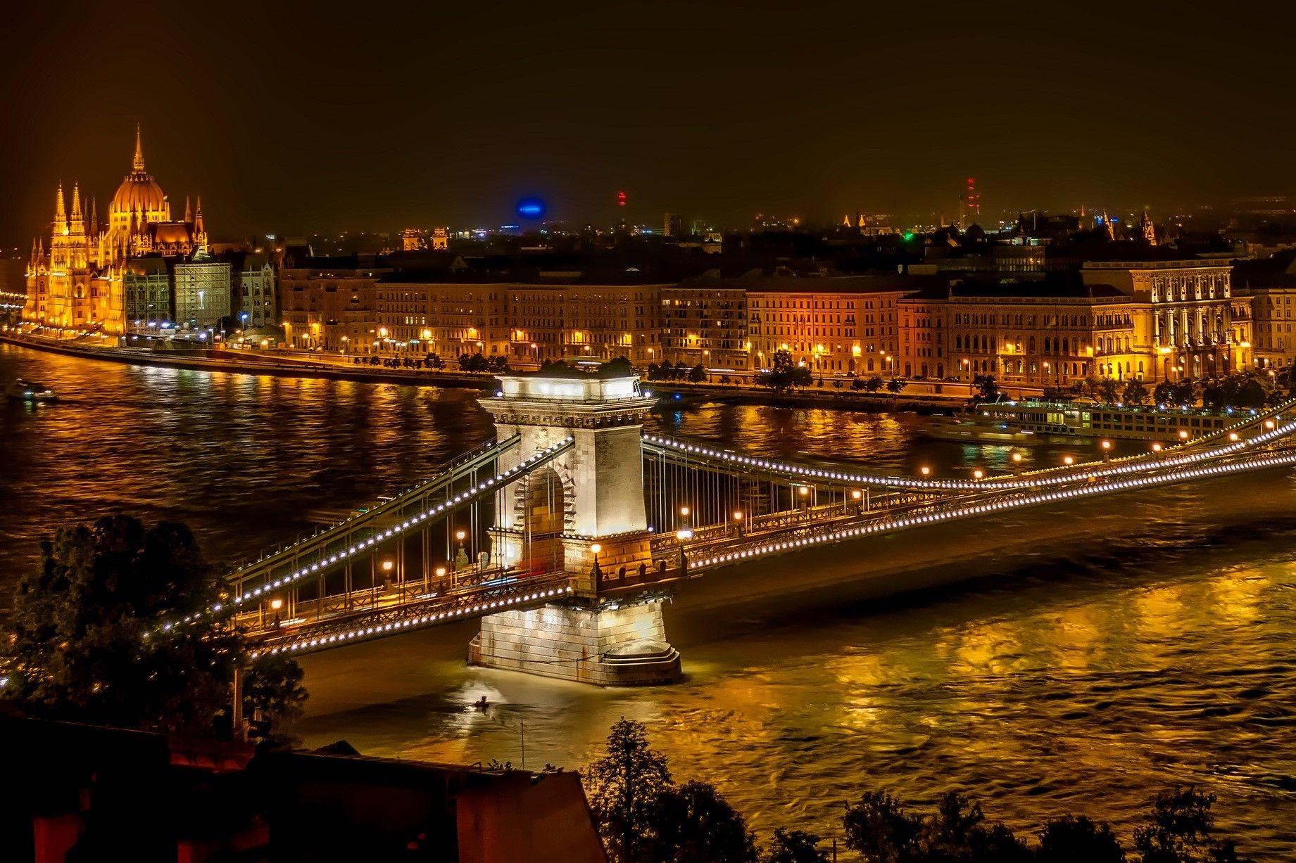 11 Budapest