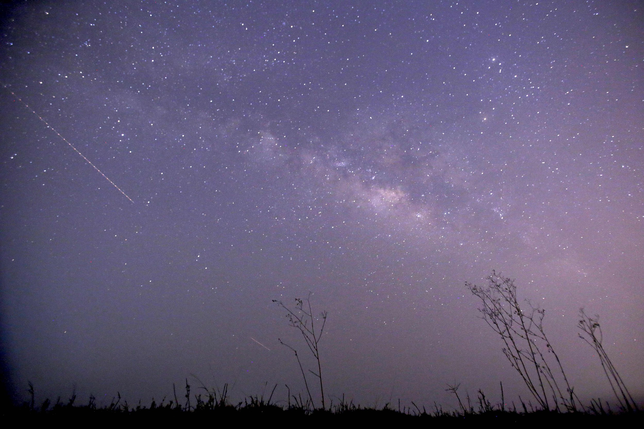 4_20_lyrid meteor shower
