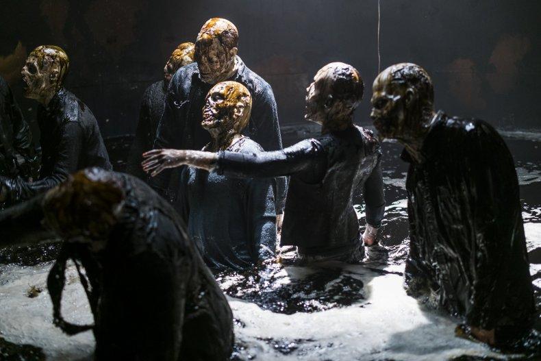 Fear The Walking Dead 4x02 Walkers