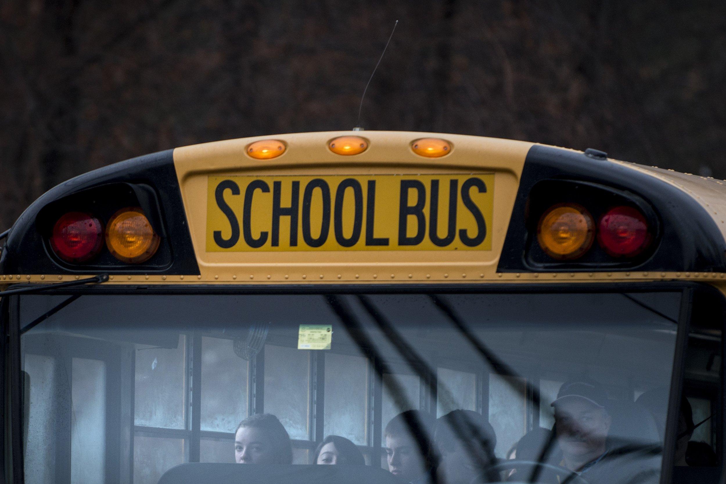 4_21_School Bus