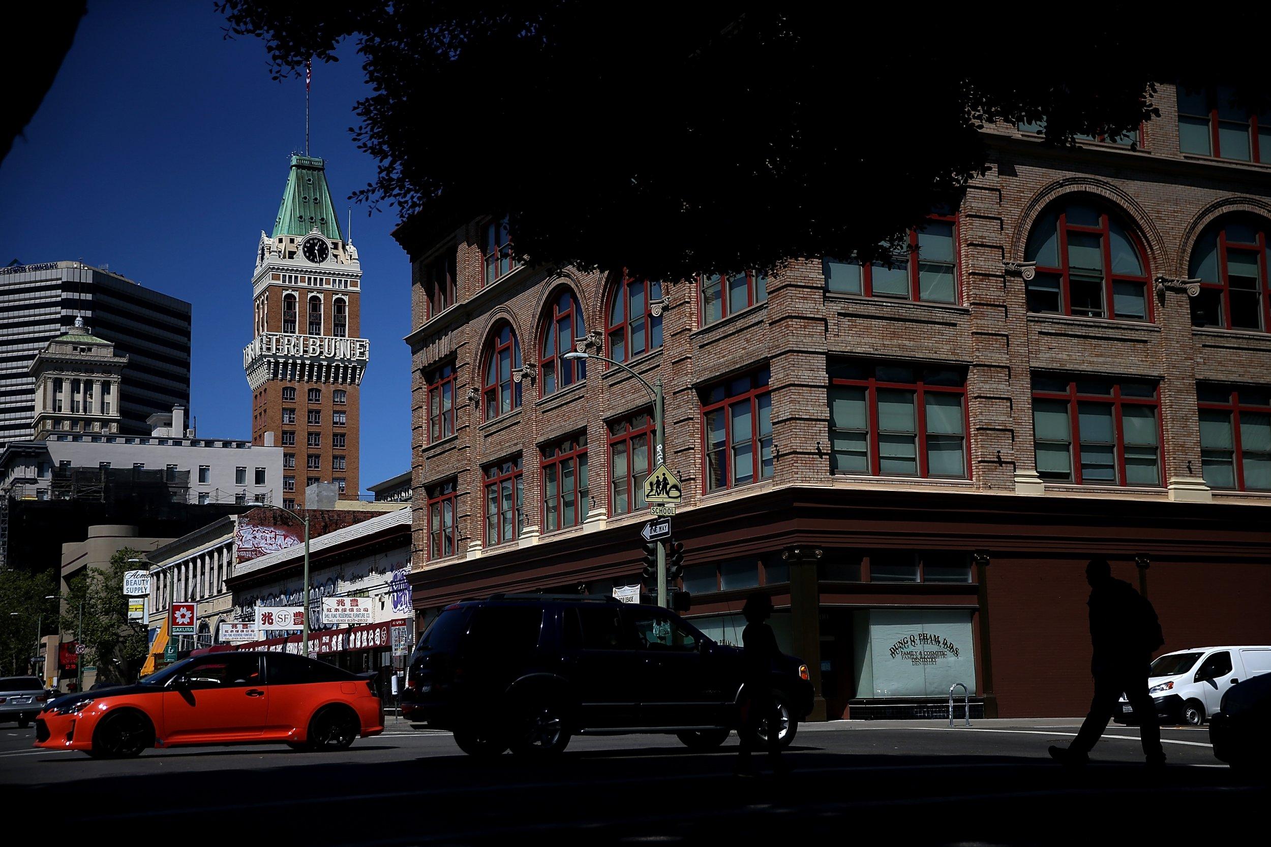 Oakland_Tribune