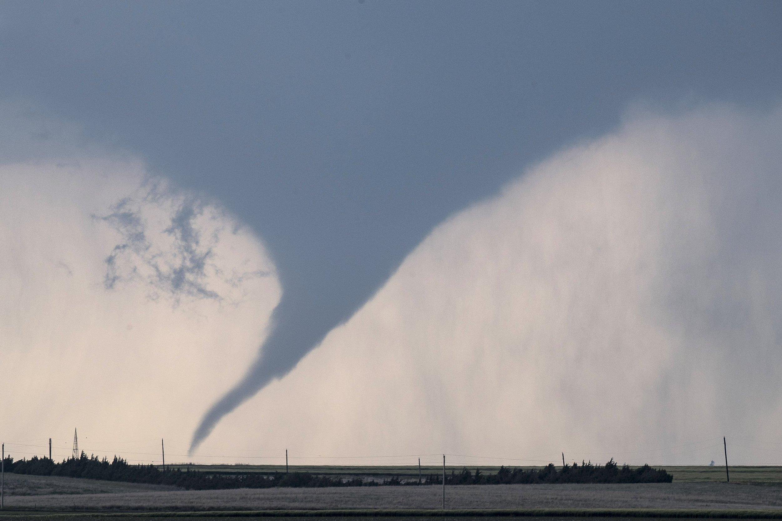 04_23_tornado