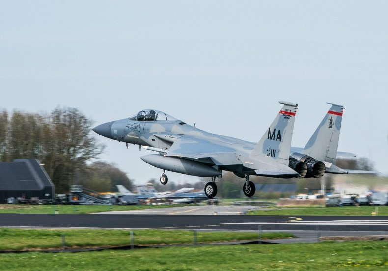 d180417jh0077_f-15-fighter-wing