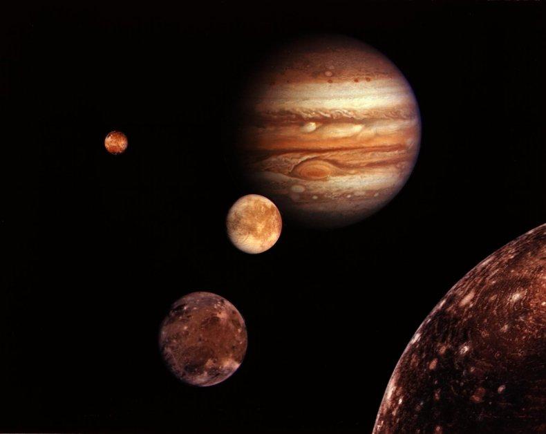04_24_jupiter_moons