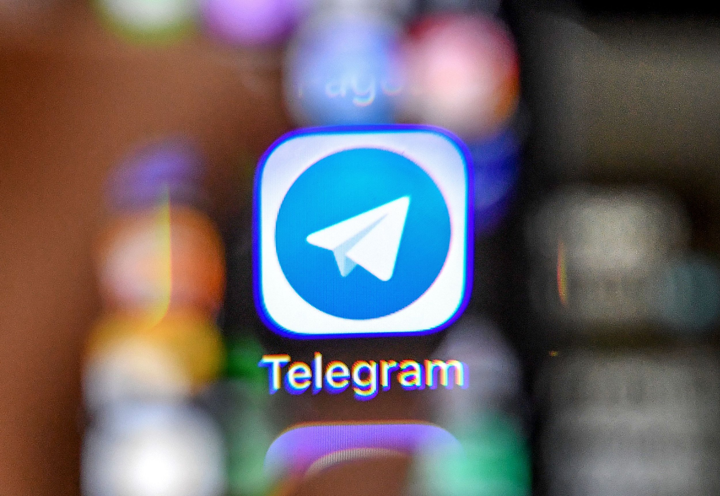 04_25_Telegram