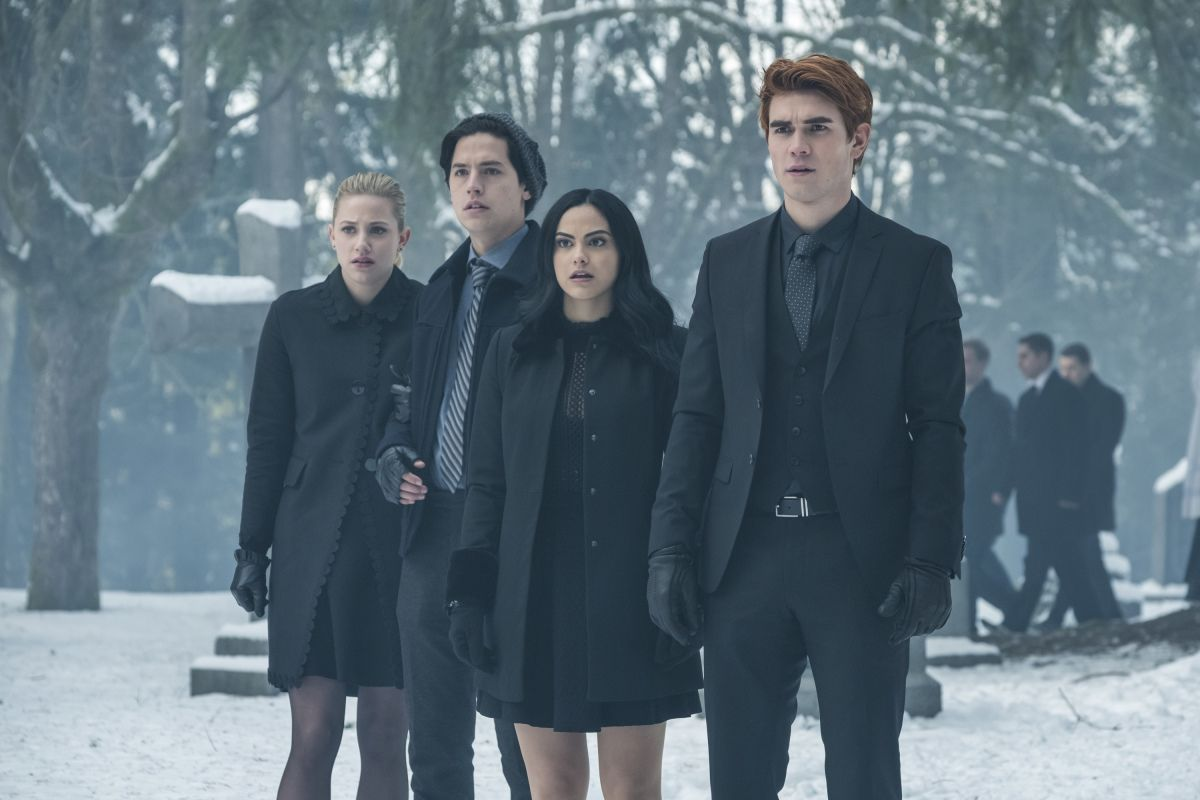 Is Hal Cooper Black Hood Riverdale Theory Suspects Bettys Dad
