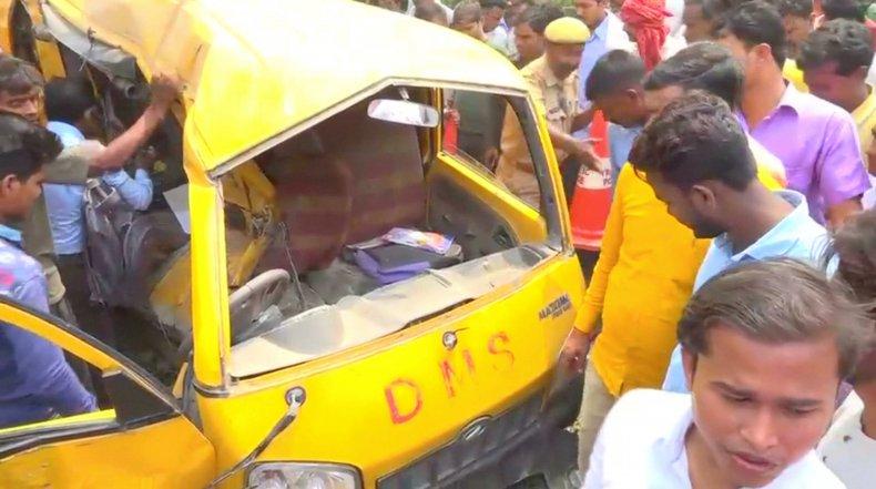 Indian school bus train crash
