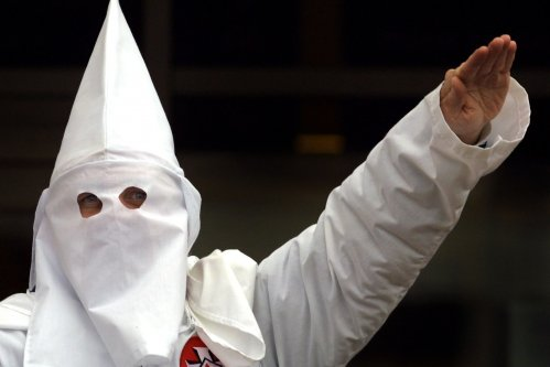 Virginia Newspaper Apologizes for KKK Recruitment Flyer