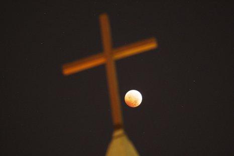 4_28_Cross