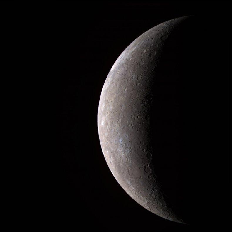 04_30_mercury_crust_thickness