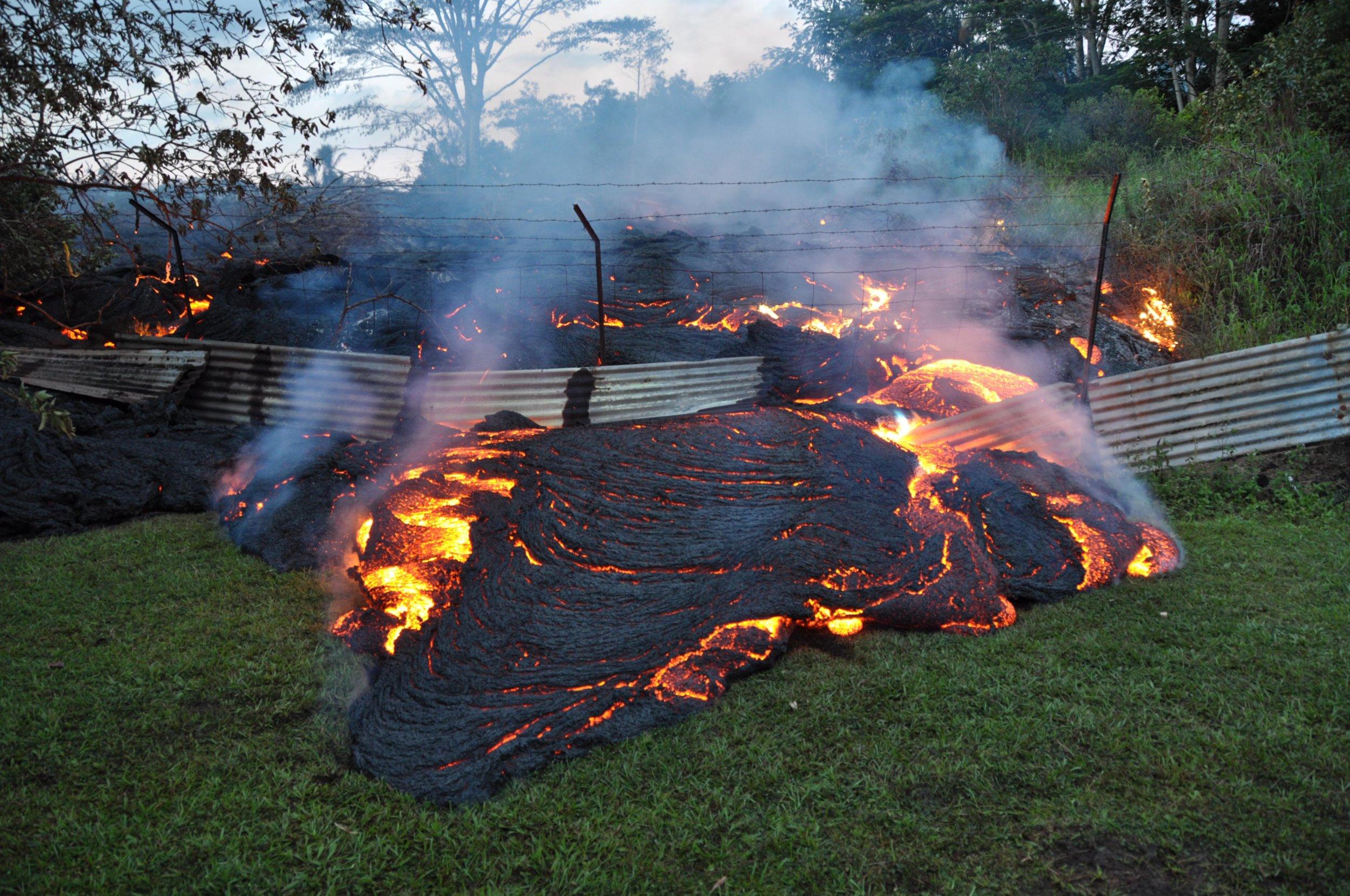 Hawaiian Volcano Kilauea Could Soon Erupt, Geologists Warn ...