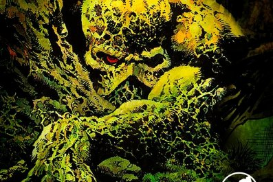 swamp thing dc streaming service