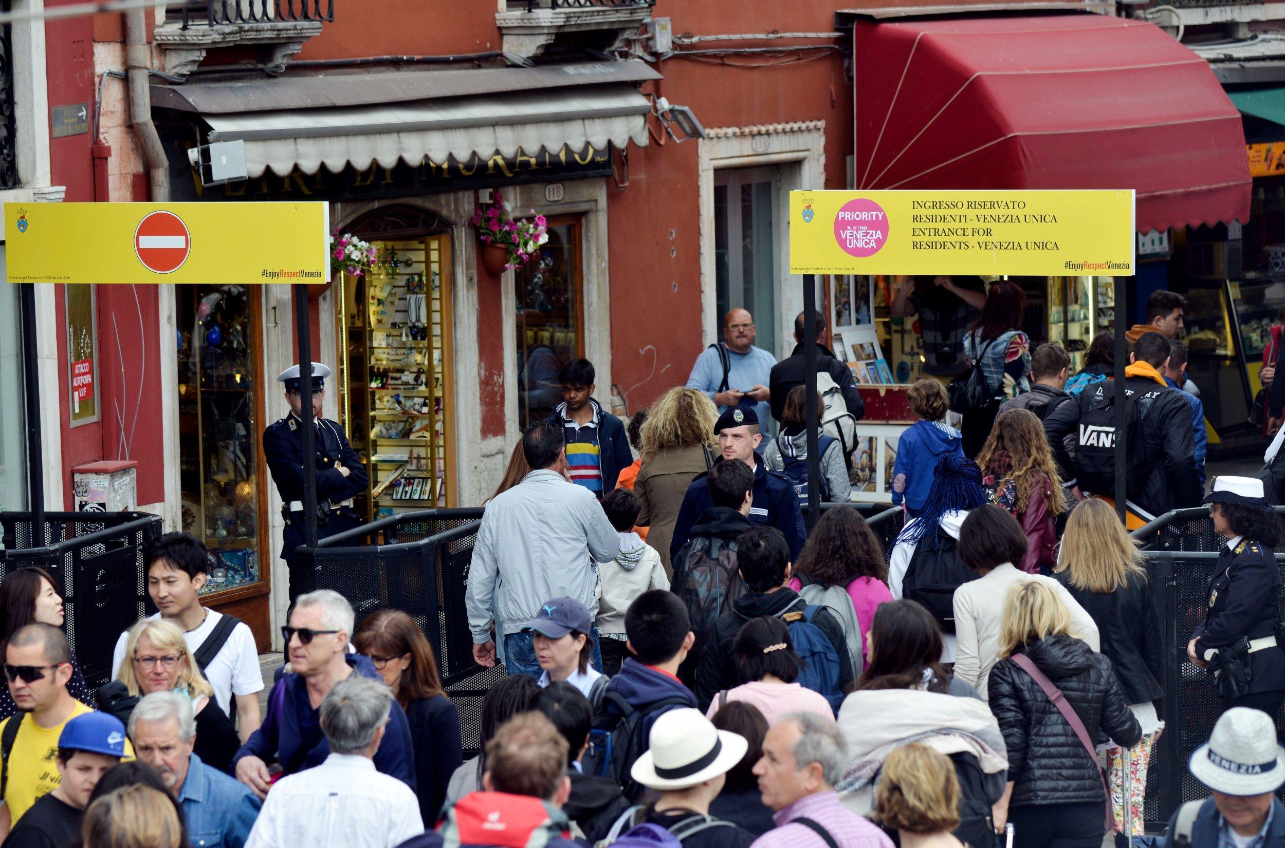 05_03_Venice_Tourism