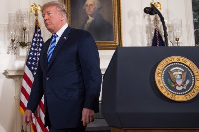 Trump announces US pullout from Iran nuclear deal