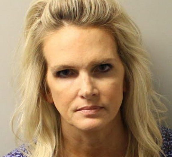 Health Insurance Florida >> Florida Widow Denise Williams Arrested 18 Years After Husband Was Presumed Eaten by Alligators