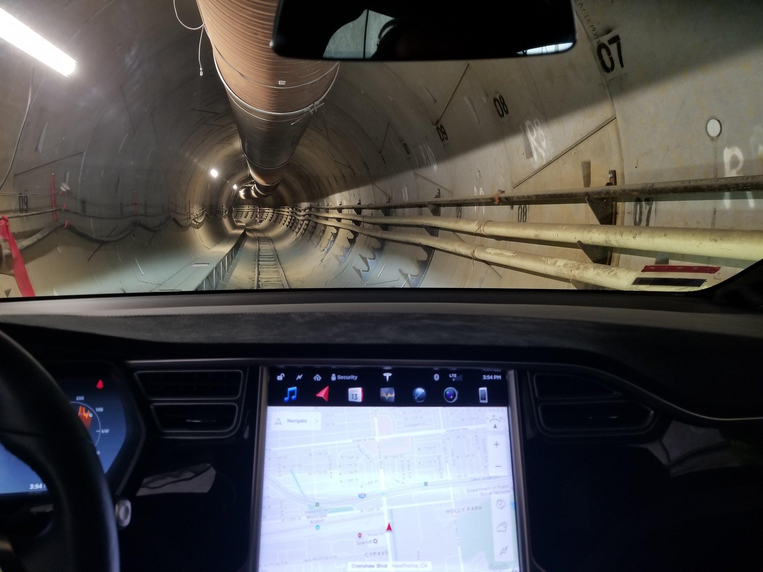 Model+X+in+Hawthorne+Tunnel