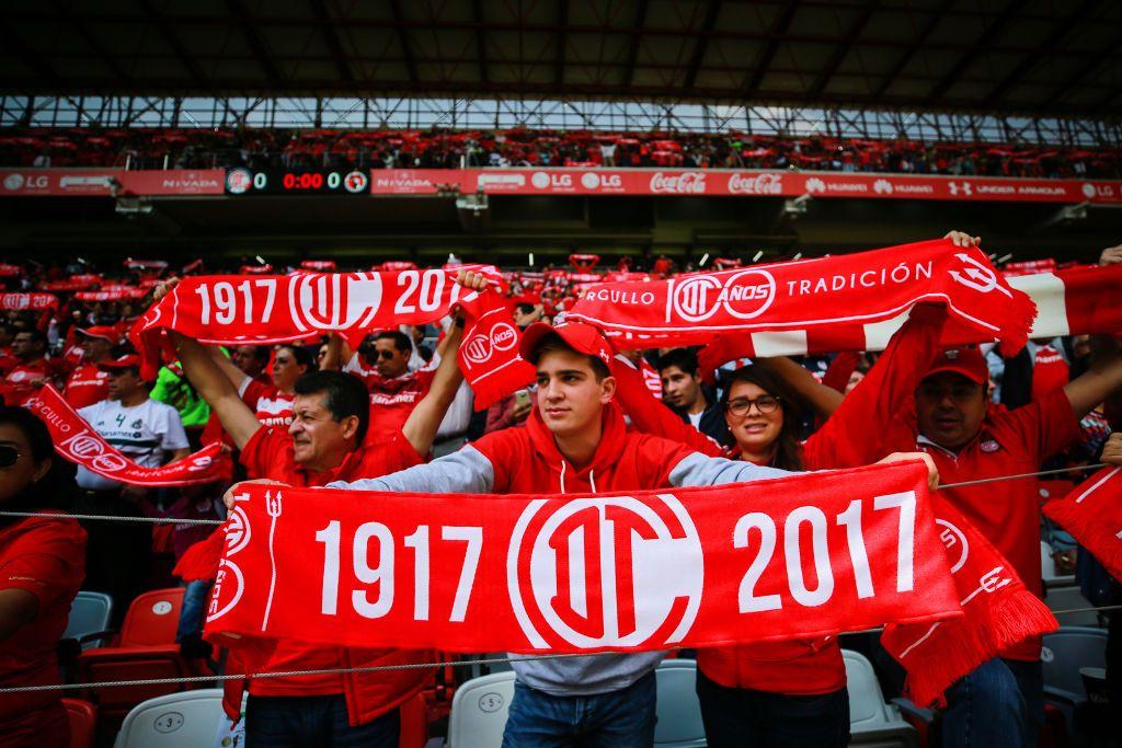 Toluca Fans