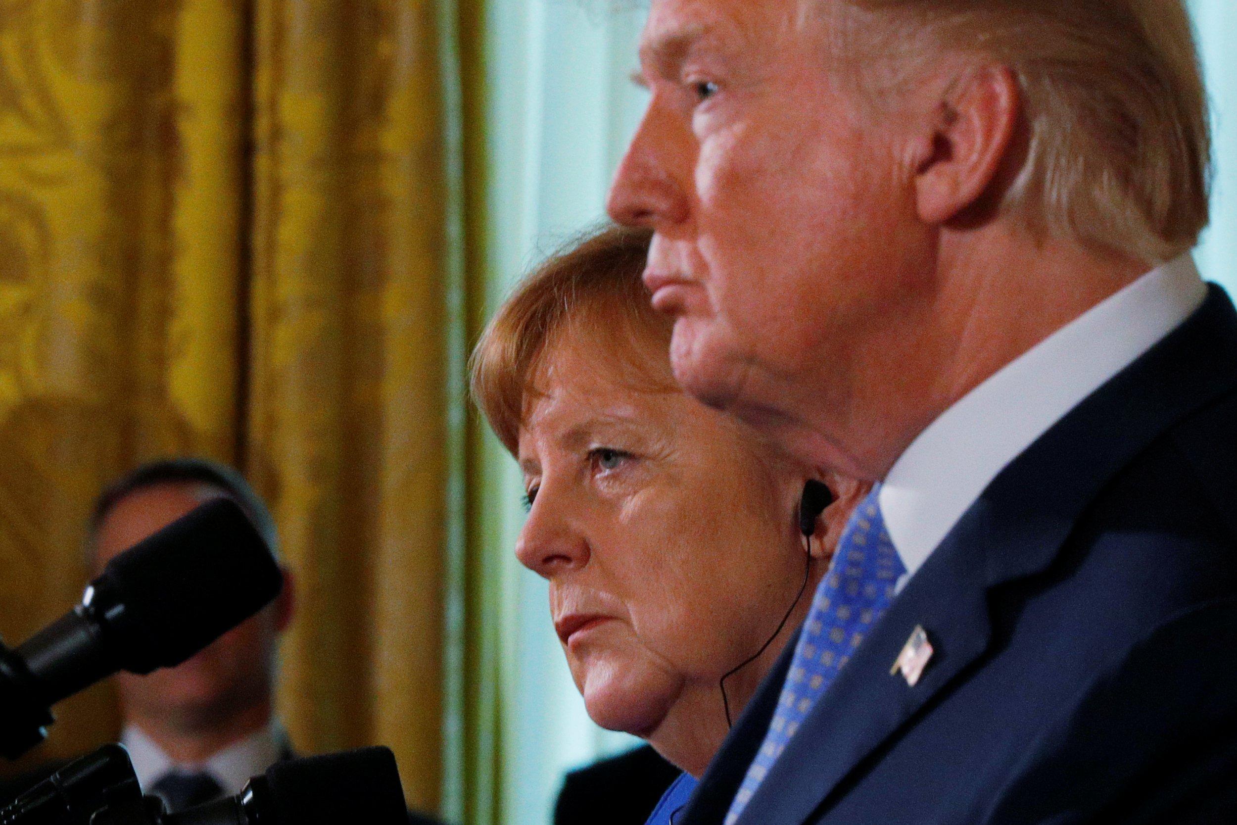 2018-04-28T141432Z_2_LYNXMPEE3R0DW_RTROPTP_4_USA-GERMANY