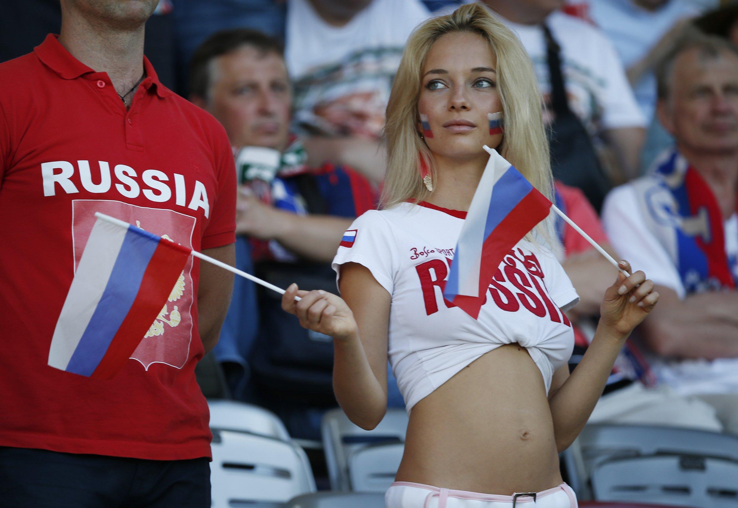 05_15_Russian_fan
