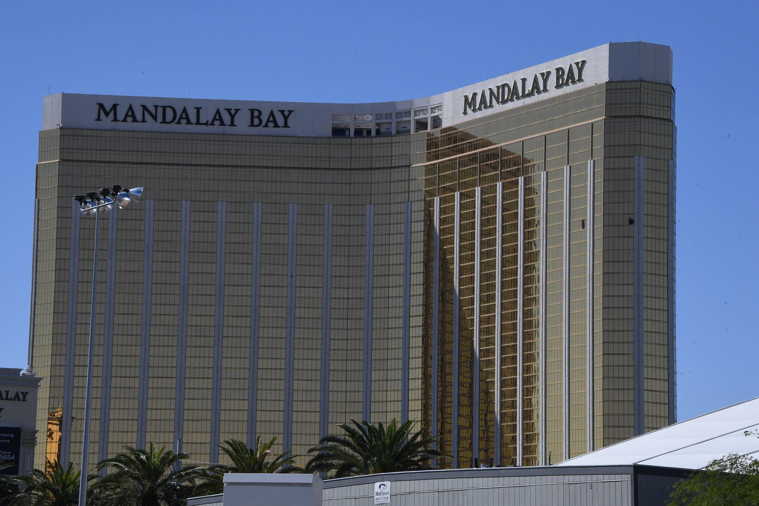 Las Vegas Shooter Stephen Paddock Kept Staring At Mandalay