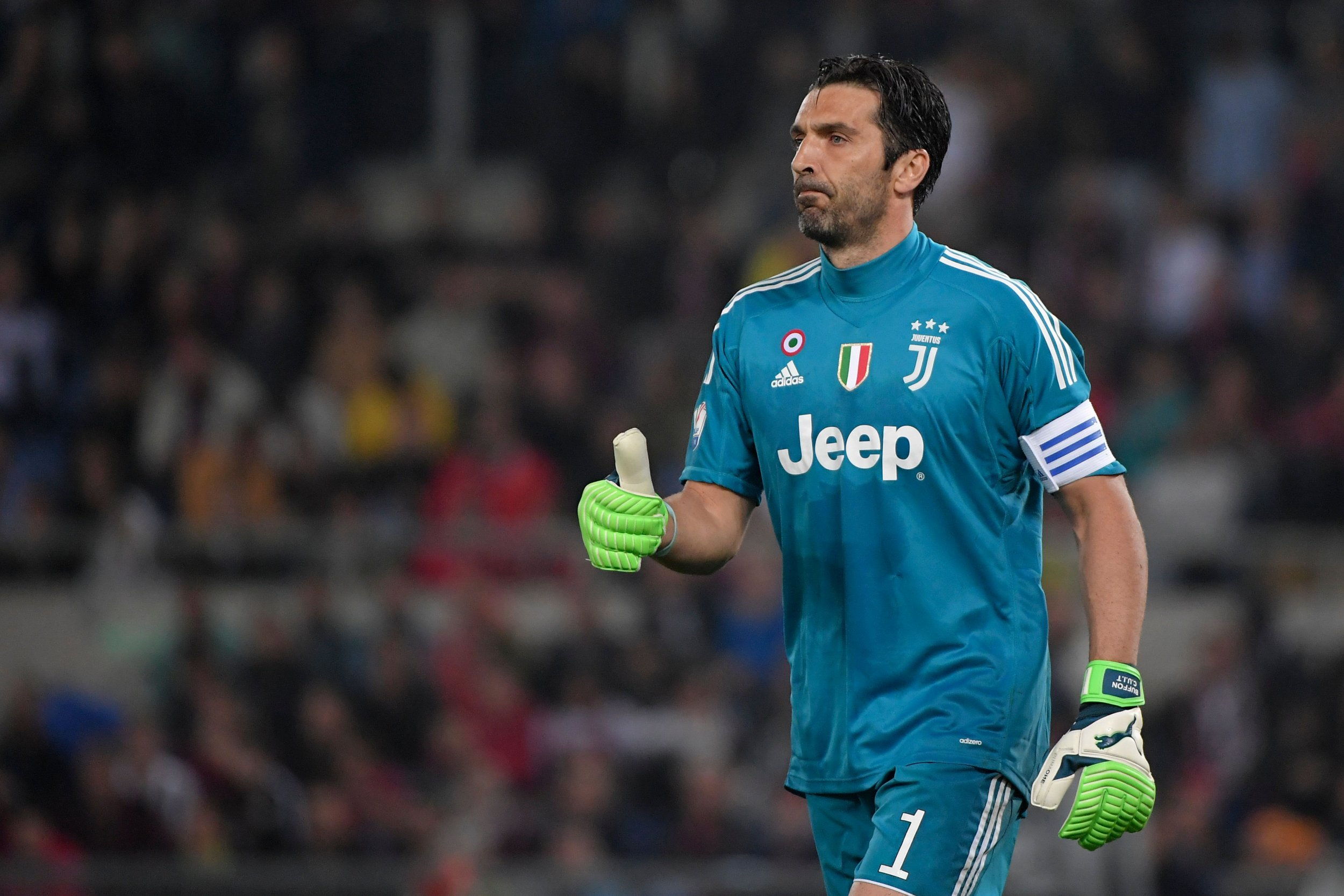 reputable site 50bf0 64b2f Gianluigi Buffon Retirement? Soccer Legend to Leave Juventus ...