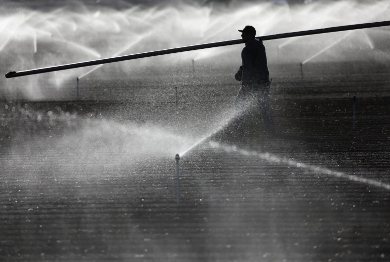 05_17_irrigation_freshwater_agriculture
