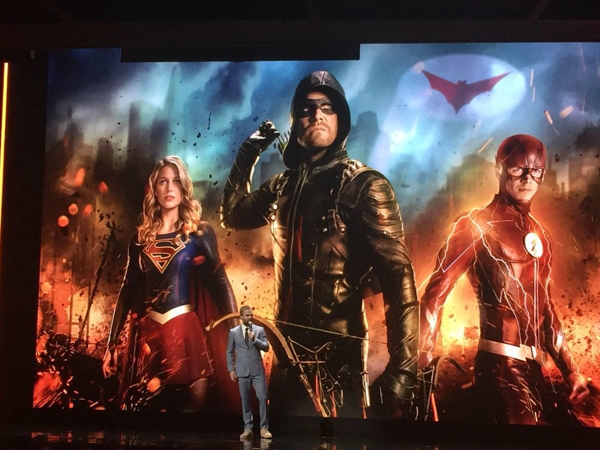 arrow bat symbol arrowverse crossover promo stephen amell cw batwoman dc crossovers episodes 2018